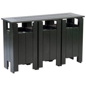 grüne Abfallbehälter Station mit 3 Abfalleimern - P78321