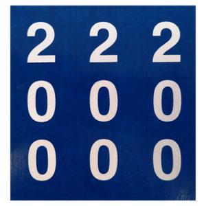 blau-weisser Aufkleber für Distanzpfosten aus PVC